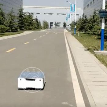 米克力美室外无轨导航AGV小车作业视频