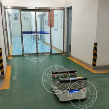 「南京AGV案例」背负式激光AGV小车与自动门对接