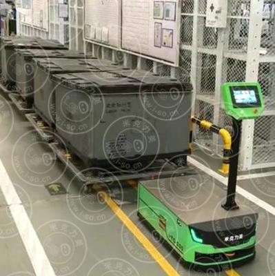 AGV小车牵引多辆物料车AGV火车式头牵引应用视频